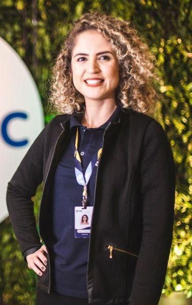 Nayara de Fátima Teixeira de Oliveira