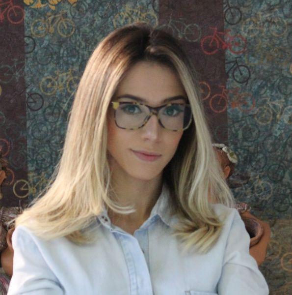 Mariana de Oliveira