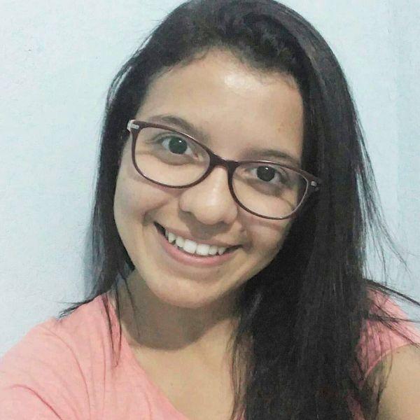Emanuelle  de Carvalho