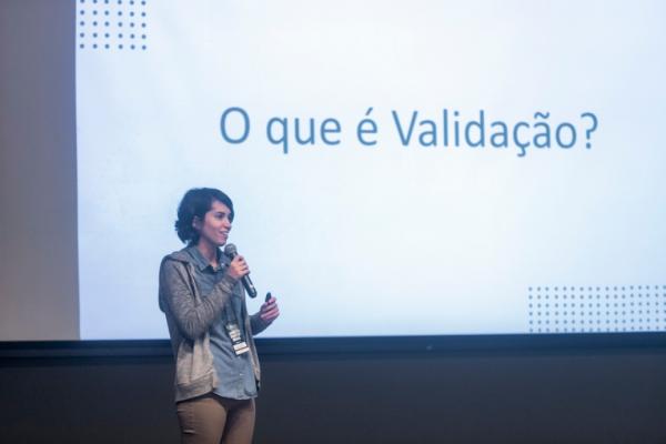 Amanda Oliveira Alves