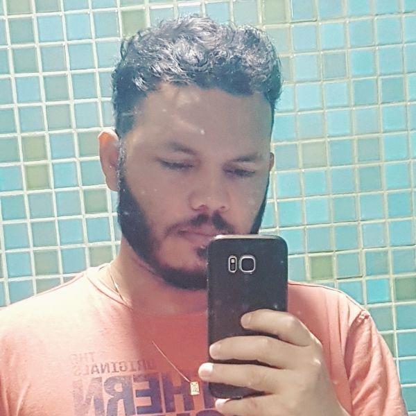 Vander Elts Pereira de Carvalho