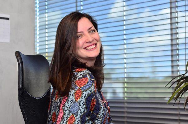 Larissa Alves Dias
