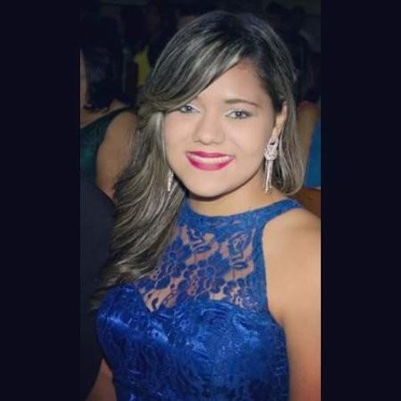 Yara Sabrina Silva Alves