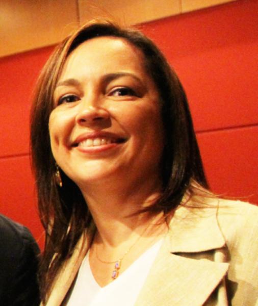 Claudia Marcia Meirelles
