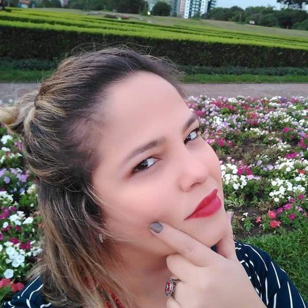 Andréa de Menezes Esteves