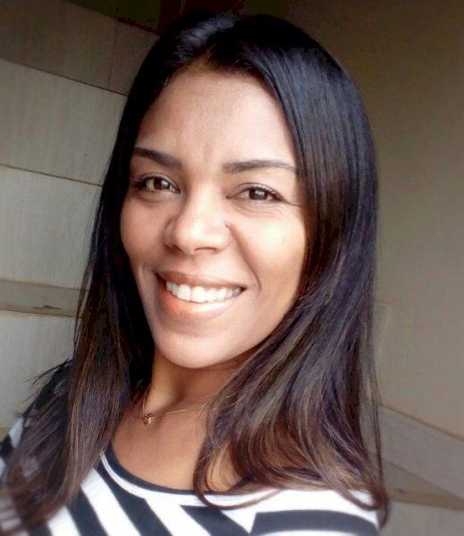 Leonízia Fernanda Castro Silva